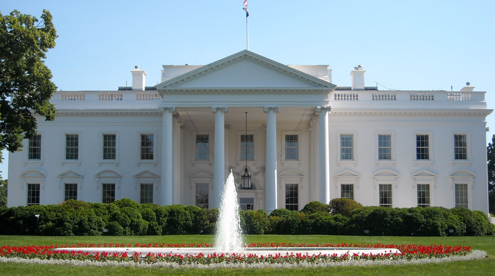 ... influenced by Roman architecture. The most obvious is the White House,  which displays Roman influences in the arches and columns on the exterior.